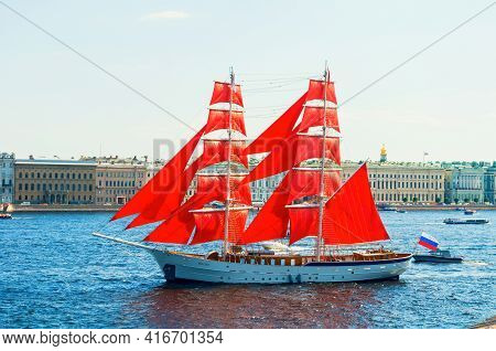 St Petersburg, Russia - June 6, 2019.russian Brig Russia With Scarlet Sails On The Neva River In St