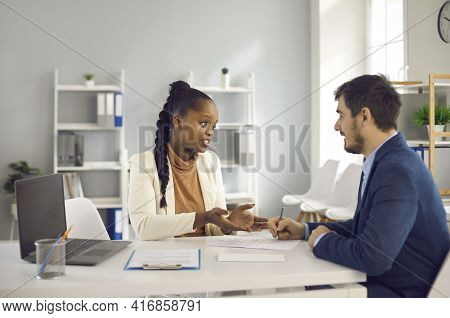Afro American Recruiter Give Last Counseling To Employee Before Signing Contract