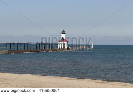 Michigan City - Circa April 2021: Michigan City Breakwater Lighthouse. Built In 1904, The Michigan C