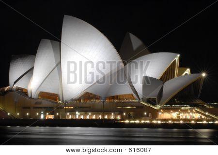 SydneyOperaNight