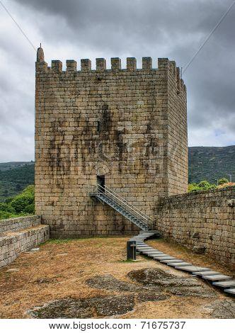 Old Linhares castle