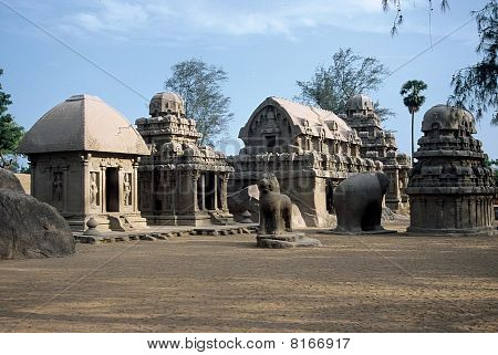 Mahabalipuram, Five Rathas (Chariot)