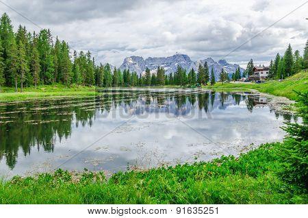 Lago de Antorno in Sexten Dolomites, Tyrol, Italy