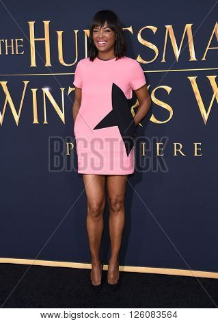 LOS ANGELES - APR 11:  Aisha Tyler arrives to the