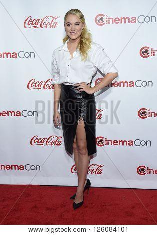 LOS ANGELES - APR 14: Maika Monroe arrives to the Cinema Con 2016: Awards Gala on April 14, 2016 in Las Vegas, NV.