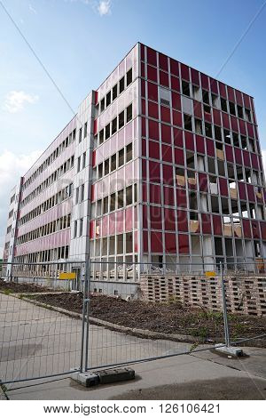 demolition of an office building in Magdeburg