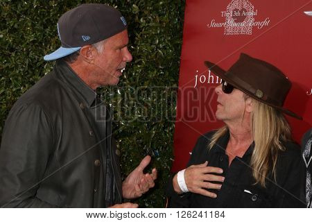 LAS VEGAS - APR 17:  Chad Smith, Robin Zander, Daxx Nielsen at the John Varvatos 13th Annual Stuart House Benefit at the John Varvatos Store on April 17, 2016 in West Hollywood, CA