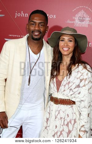 LAS VEGAS - APR 17:  Bill Bellamy, Kristen Bellamy at the John Varvatos 13th Annual Stuart House Benefit at the John Varvatos Store on April 17, 2016 in West Hollywood, CA