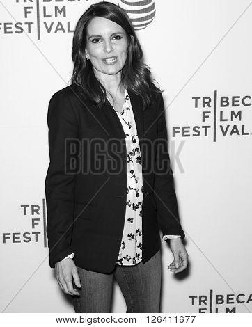 2016 Tribeca - Tribeca Talks Storytellers - Tina Fey With Damian Holbrook