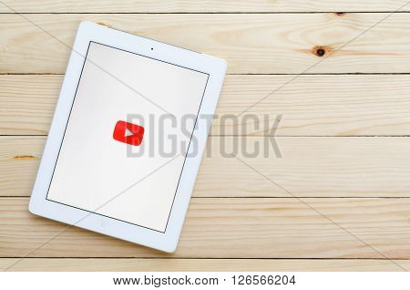 CHIANG MAI,THAILAND - DECEMBER 31,2015:Screen shot of Youtube application showing on Ipad 4. YouTube is the popular video-sharing website that founded in February 14 2005.