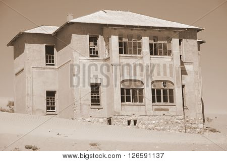 Desert Star Ludertiz Kolmanskop Desert House Architecture Old Abondoned Holiday Home Vacation Country Travel