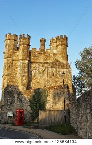 Gate house in Battle Abbey in East Sussex in England. This Benedictine abbey was built after the Battle of Hastings.