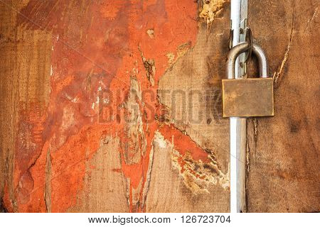 A photo of master key on the door