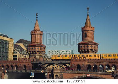 Oberbaum Bridge (oberbaumbruecke) In Berlin, Kreuzberg