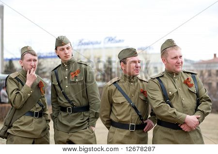 Actors On Victory Day