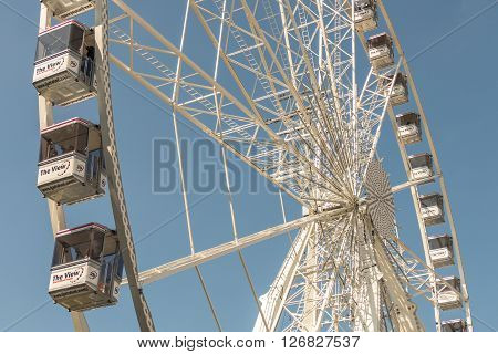 NETHERLANDS - ROTTERDAM - MEDIO APRIL 2016: The View ferris wheel.