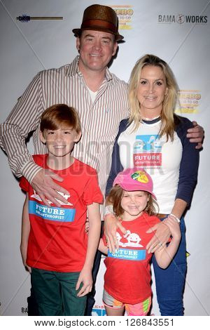LAS VEGAS - APR 17:  David Koechner, Leigh Koechner, family at the Milk + Bookies Story Time Celebration at the California Market Center on April 17, 2016 in Los Angeles, CA