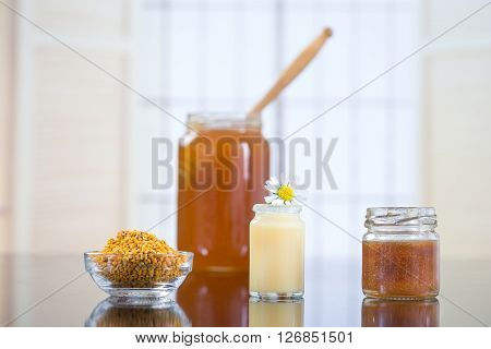 vitamins and nutritional supplements organic honey bee products