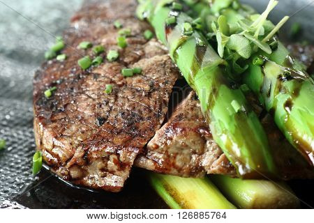 Grilled Beef with asparagus as a main course