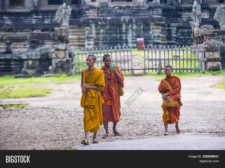 siem reap , cambodia image & photo (free trial) | bigstock