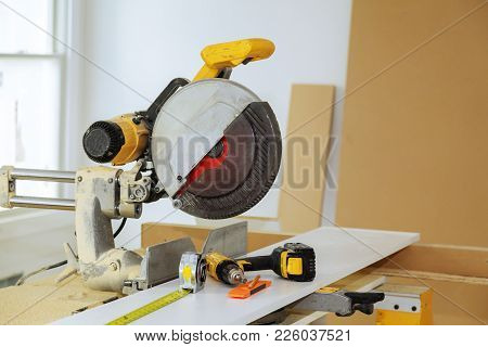 Electric Tools And Equipment Diy Instrallation Kitchen At New Home Tool Tape Measure Drill