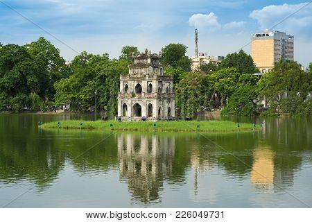 Hoan Kiem Lake Or Sword Lake, Ho Guom In Hanoi, Vietnam