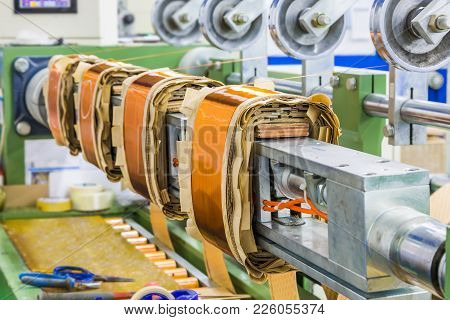 Rectangular Coils For Distribution Transformers On Winding Machine
