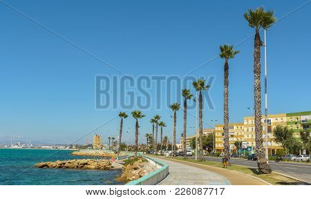 La Linea De La Concepcion And The Poniente Beach