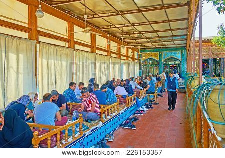 Isfahan, Iran - October 20, 2017: The Summer Terrace Of Nagsh-e Jahan Banquet Hall Is Full Of Client