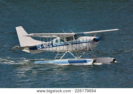 PICTON, NEW ZEALAND - MARCH 28, 2016: Cessna seaplane near Picton about to take off