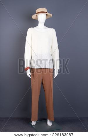 Full Length Female Mannequin In Stylish Attire. Dummy In Classy Attire. Ladies Modern Clothes And Ac