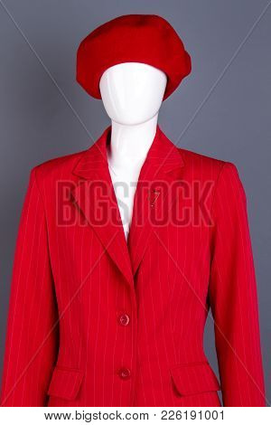 Female Mannequin In Red Beret And Jacket. Red French Beret And Blazer On Female Mannequin. Ladies El