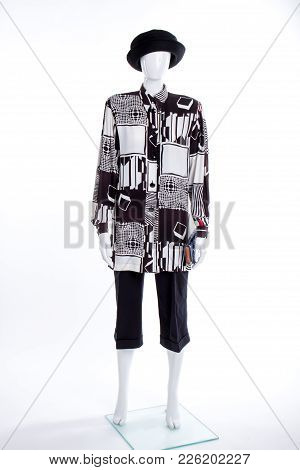 Black Hat, Blouse And Capri. White Patterned Shirt For Women. Women Clothing And Accessories Boutiqu