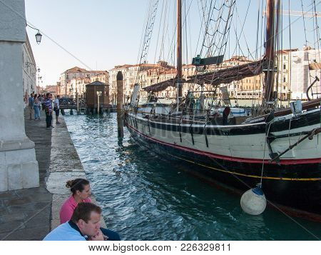 Venice, Italy, October 2, 2011: Beautiful Venetian Architecture, Boats In The Gran Canal