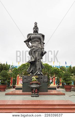 Haiphong, Vietnam - Apr 30, 2015: Statue Of Heroine Le Chan In Center Park. Le Chan Was Female Gener