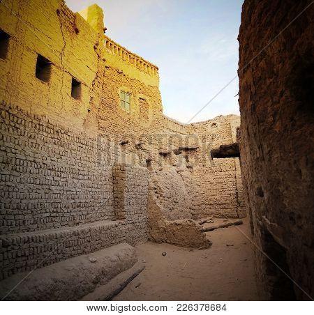Street View To Balat Old Town, Dakhla Oasis, Egypt