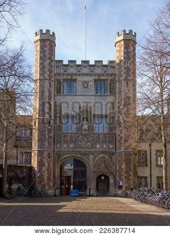 Trinity College Great Gate, Cambridge, Uk, February 12 2018 Built In 16th Century It Shows Many Fine