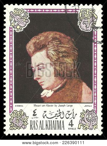 Ras Al Khaima - Circa 1972: Stamp Printed By Ras Al Khaima, Color Edition On Art, Shows Painting Moz