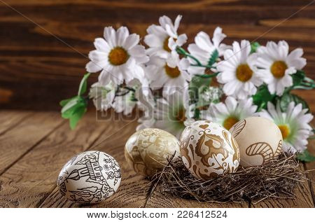 Easter Composition With Easter Eggs And Flowers, With An Empty Tag, Easter Decoration. Easter Card.