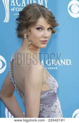 LAS VEGAS - SEP 18: Taylor Swift at the 45th Annual Academy of Country Music Awards held the MGM Grand Garden Arena in Las Vegas, Nevada on April 18, 2010