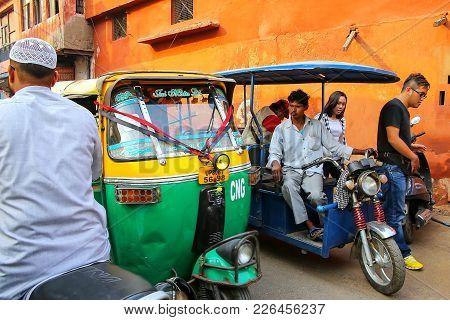 Agra, India - November 10: Heavy Road Traffic In Taj Ganj Neighborhood On November 10, 2014 In Agra,