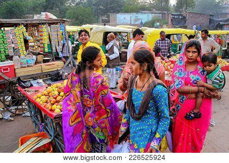Agra, India - November 10: Unidentified People Shop At Kinari Bazaar On November 10, 2014 In Agra, I