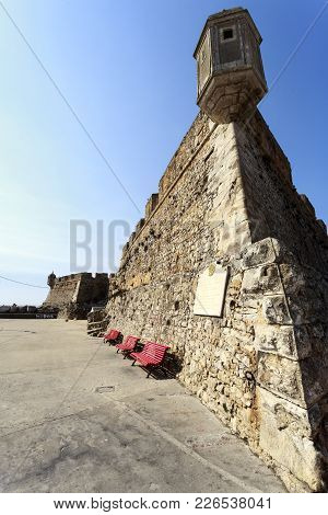 Peniche, Portugal - October 8, 2017: The Medieval Fortress Of Peniche, Erected In The Sixteenth Cent