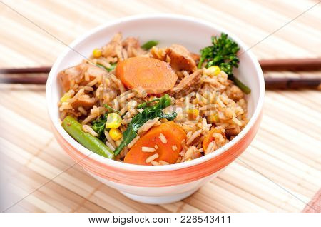 Chicken Stir Fry With Vegetables And White Rice