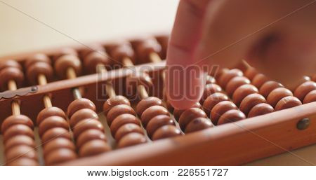 Counting on abacus
