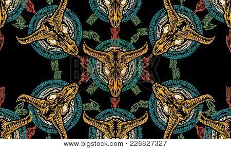 Bison Skull And Crossed Arrows Seamless Pattern. Tribal Art. Native American Culture. Wild West West