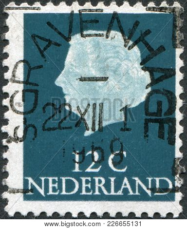 Netherlands - Circa 1968: A Stamp Printed In The Netherlands, Shows Juliana Of The Netherlands, Circ