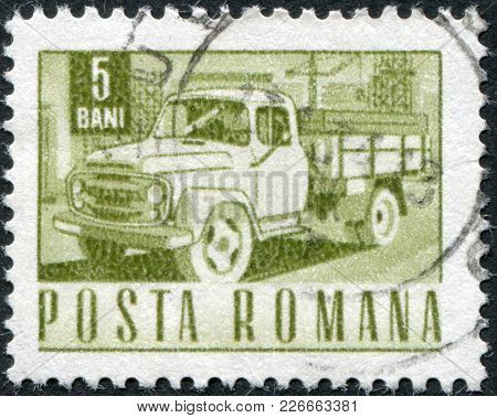 Romania - Circa 1968: A Stamp Printed In The Romania, Shows A Truck, Circa 1968