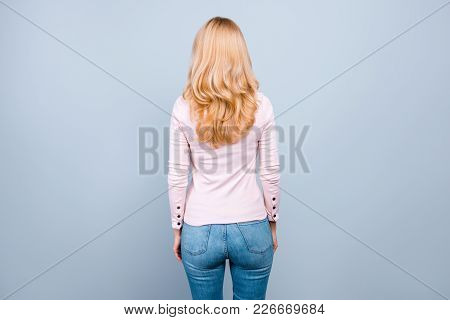 Back Rear View Photo Of Beautiful Successful Professional Wearing Casual Clothes Woman Staying Still