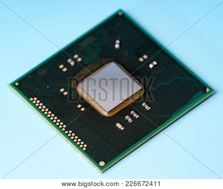 Silicon integrated chip
